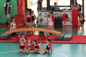 festa-scuola-5-800x600-1-300x200