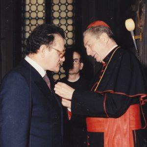 Prof.-Gianfranco-Baldrighi-insignito-della-Croce-dellOrdine-di-S.-Silvestro--300x300